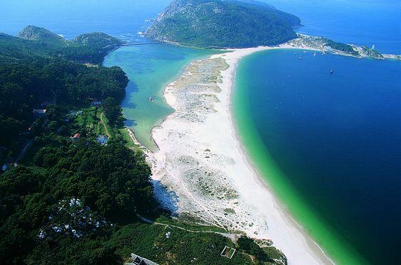 Cíes Eilanden voor de kust van Vigo