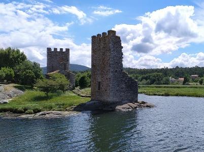 Torres Catoira