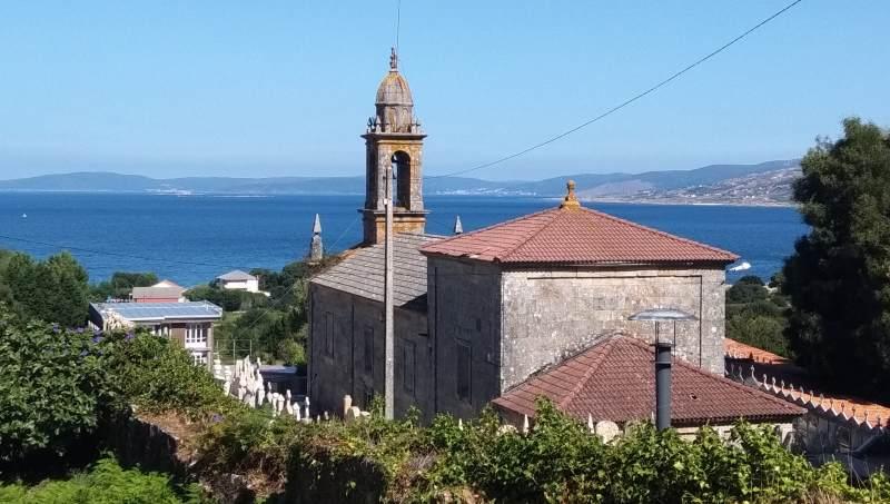 Iglesia de Santa María de Lira