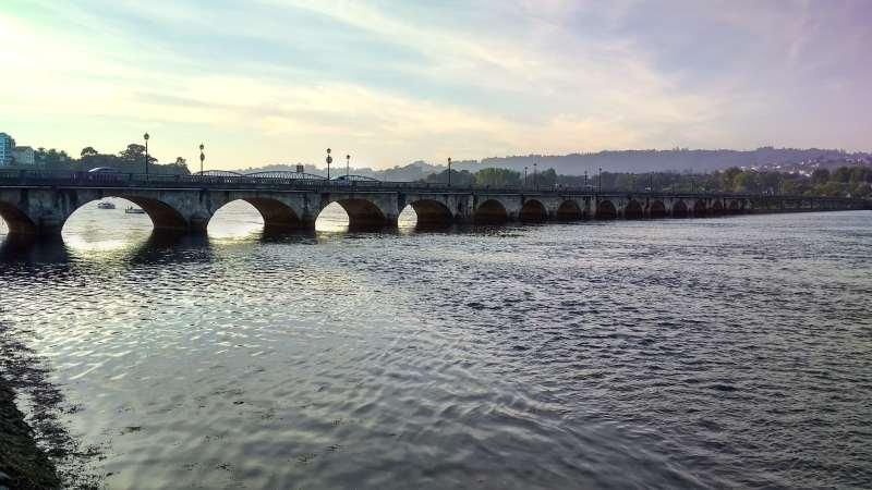 Brug over de rivier de Eume