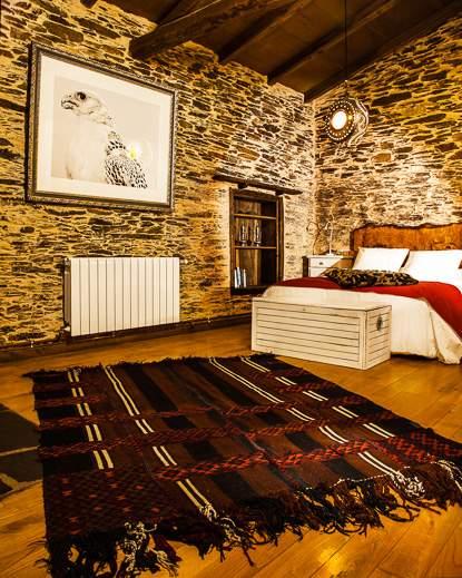 Luxe van natuurlijk materiaal in de slaapkamers