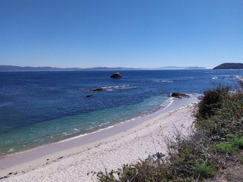 Witte stranden op eiland Ons
