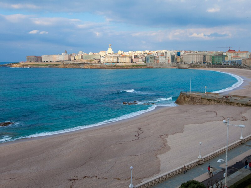A Coruña, stad en strand