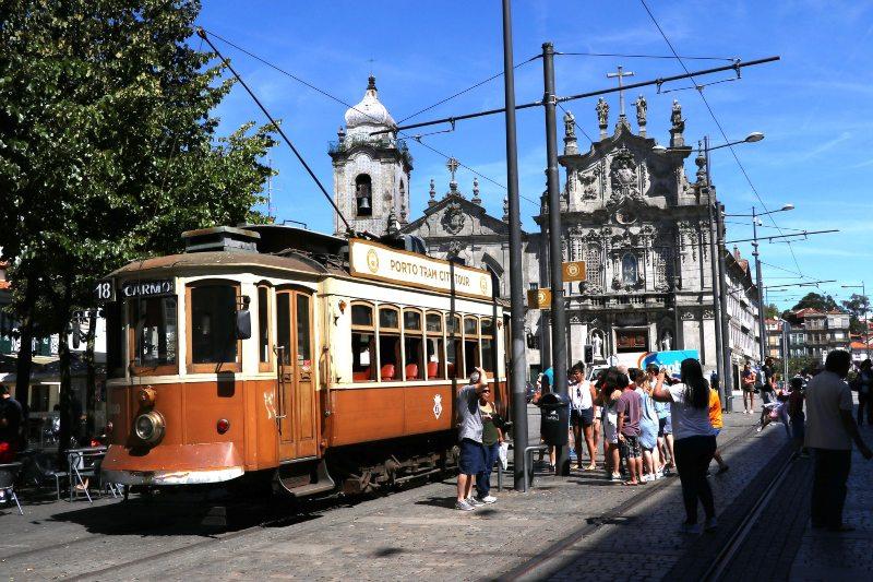 Ontdek Porto met het toeristentrammetje